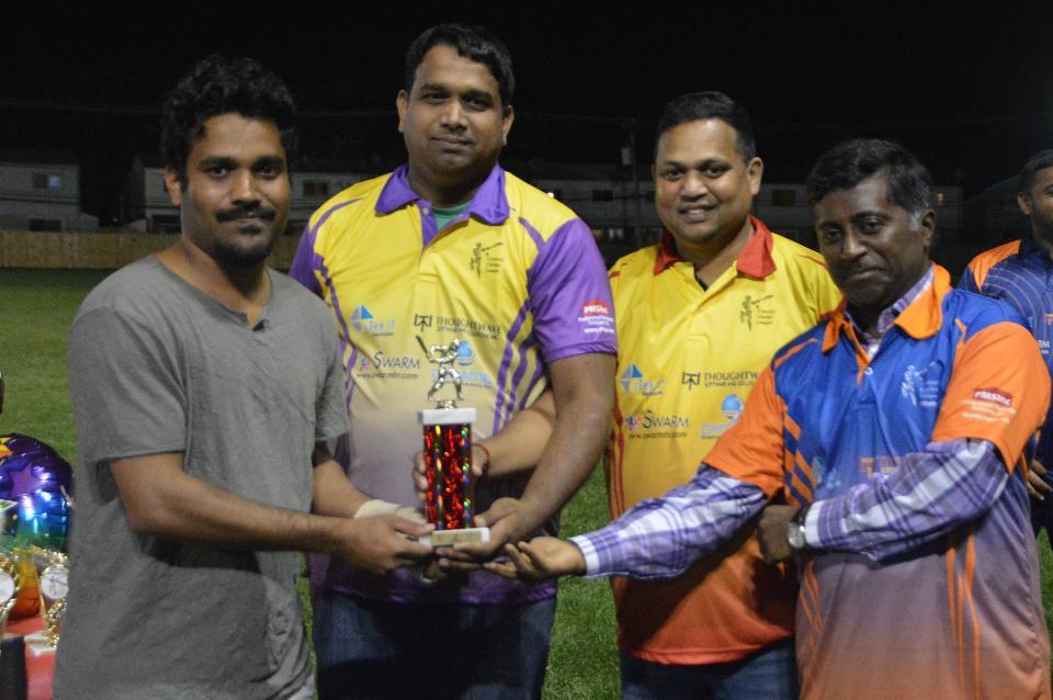 Best Batsman (Nishant - Elite Warriors) Note: Gautam is receiving award on his behalf