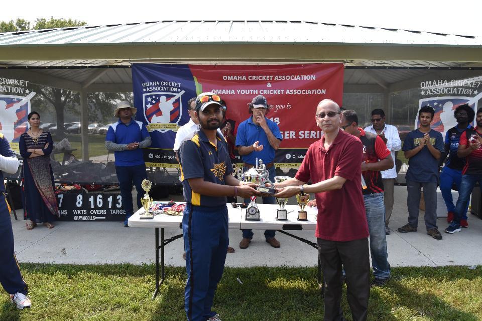 Best Batsman - Avinash Gurram.JPG