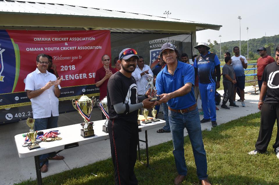 Best Bowler_Anirudh Prayaga.JPG