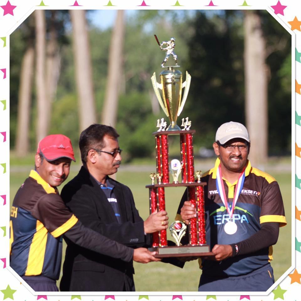 17_Champion Trophy.jpg